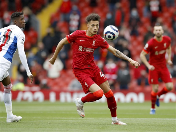 """<p><strong><span style=""""text-decoration:underline;"""">Liverpool defender Rhys Williams joins Swansea on loan for the season</span></strong></p><div><p>The 20-year-old signed a new contract at Anfield, where he made 19 appearances in all competitions last season, before heading to Wales.</p><p>Williams told Swansea's official website: """"I am buzzing, I have heard nothing but good things about the club and the manager from a few of the lads back at Liverpool, so I am delighted to be here.</p><p>""""I am looking forward to getting some good results on the board and keeping us moving forward.</p><p>""""I spoke to a few players about it, and they all spoke so highly of the football and the place itself, it's a club with a good history behind it.</p><p>""""I was keen to come here, it was one of the places I wanted to come to because of the football they play.</p><p>""""I believe it will stand me in good stead for next season. I am looking for regular football and I hope I can find that here at Swansea.""""<span _ngcontent-c2="""""""" class=""""modal-title"""" style=""""box-sizing:border-box;margin:0px;line-height:1.42857;color:#ebebeb;font-family:Lato, 'Helvetica Neue', Helvetica, Arial, sans-serif;font-size:14px;""""><br /></span></p></div>"""