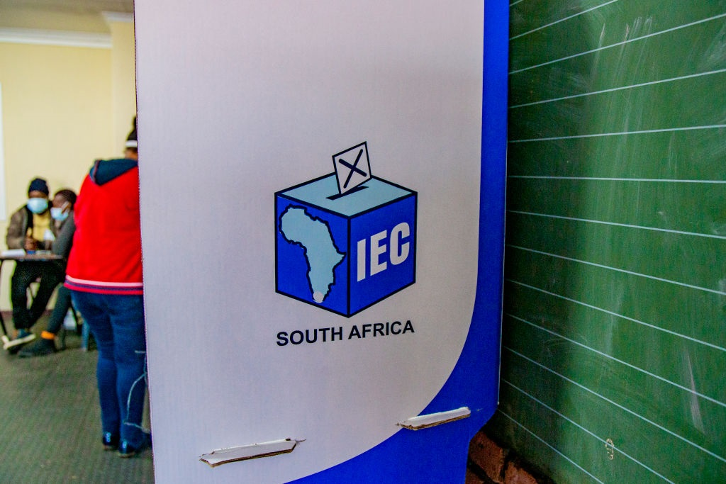 Indications are the ANC – despite the myriad of challenges it faces – will hold on to power in most municipalities in the upcoming elections, writes the author.