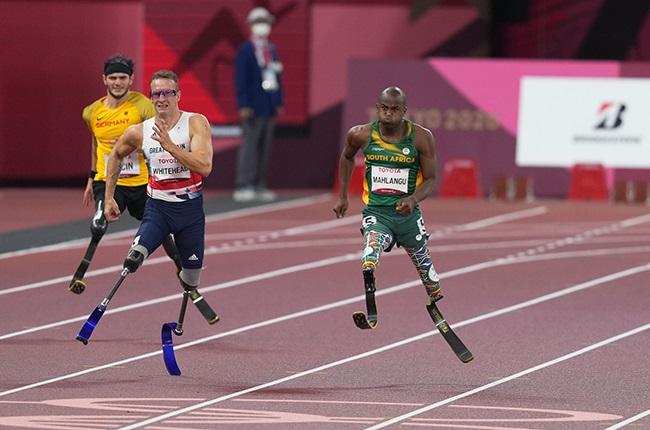 Ntando Mahlangu from South Africa winning gold (Getty)