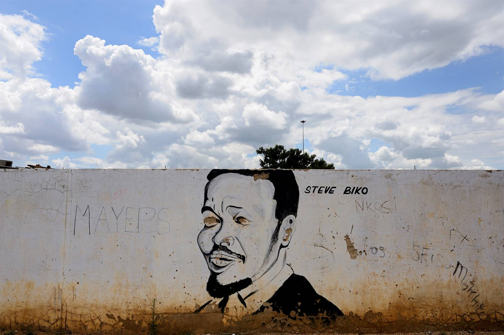 Graffiti of Steve Biko on a wall in Soweto in 2017. Photo: Getty Images