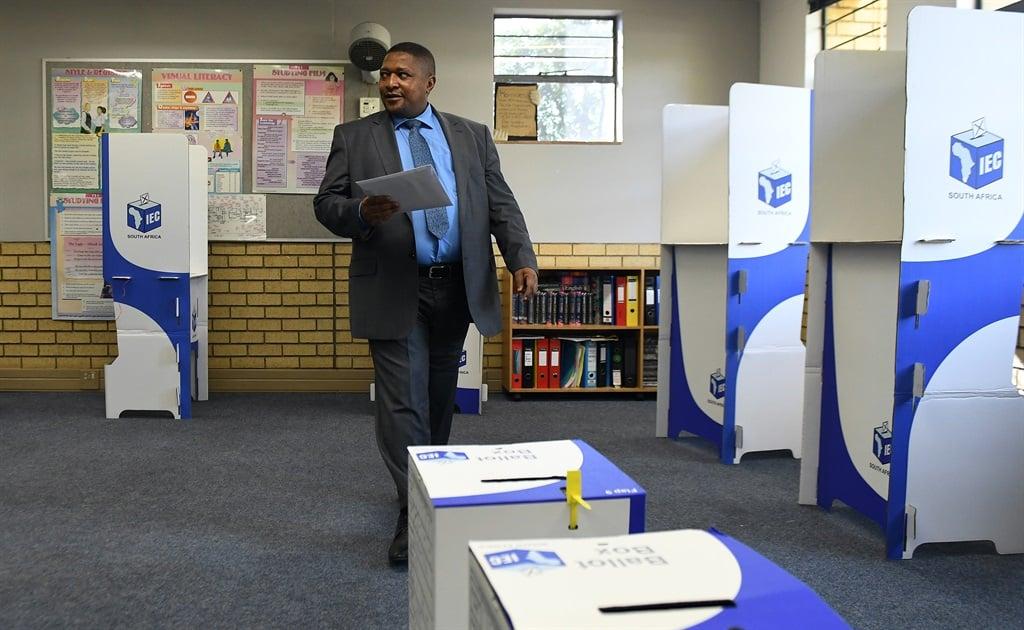Glen Mashinini, voorsitter van die onafhanklike verkiesingskommissie tydens voorbereidings vir die 2019 nasionale verkiesing. Foto: Felix Dlangamandla/Argief