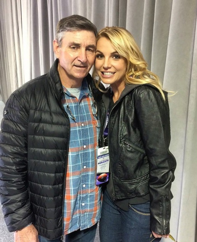 Britney's father, Jamie, recently filed to end the court conservatorship that has controlled the singer's life and money for 13 years. (PHOTO: Instagram / @britneyspears)