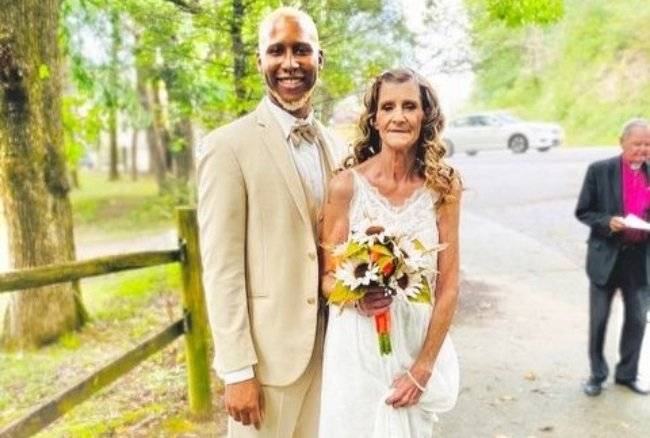 Cheryl and Quran McCain got married in  Gatlinburg, Tennessee, in the first week of September 2021. Image supplied by Cheryl.