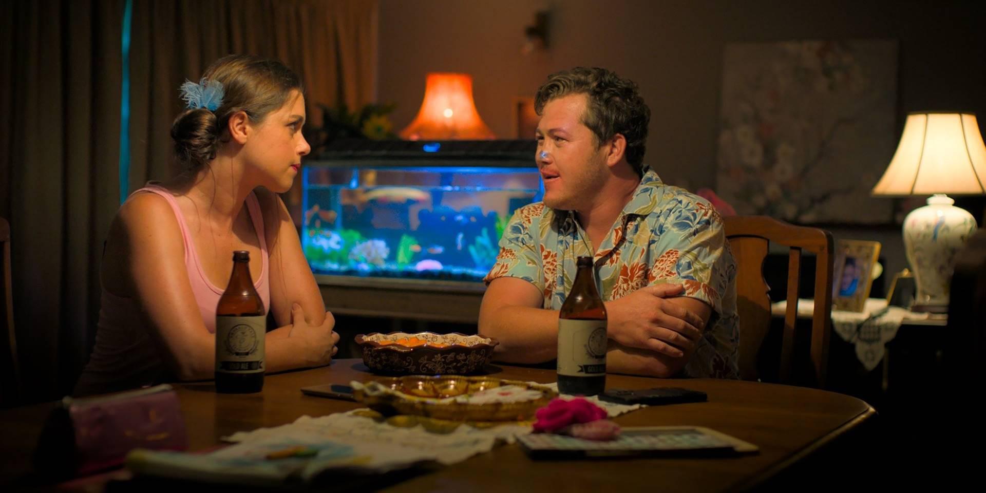Rita (Christia Visser) en Karel (Francois Jacobs) in die komedie 'Kaalgat Karel'.
