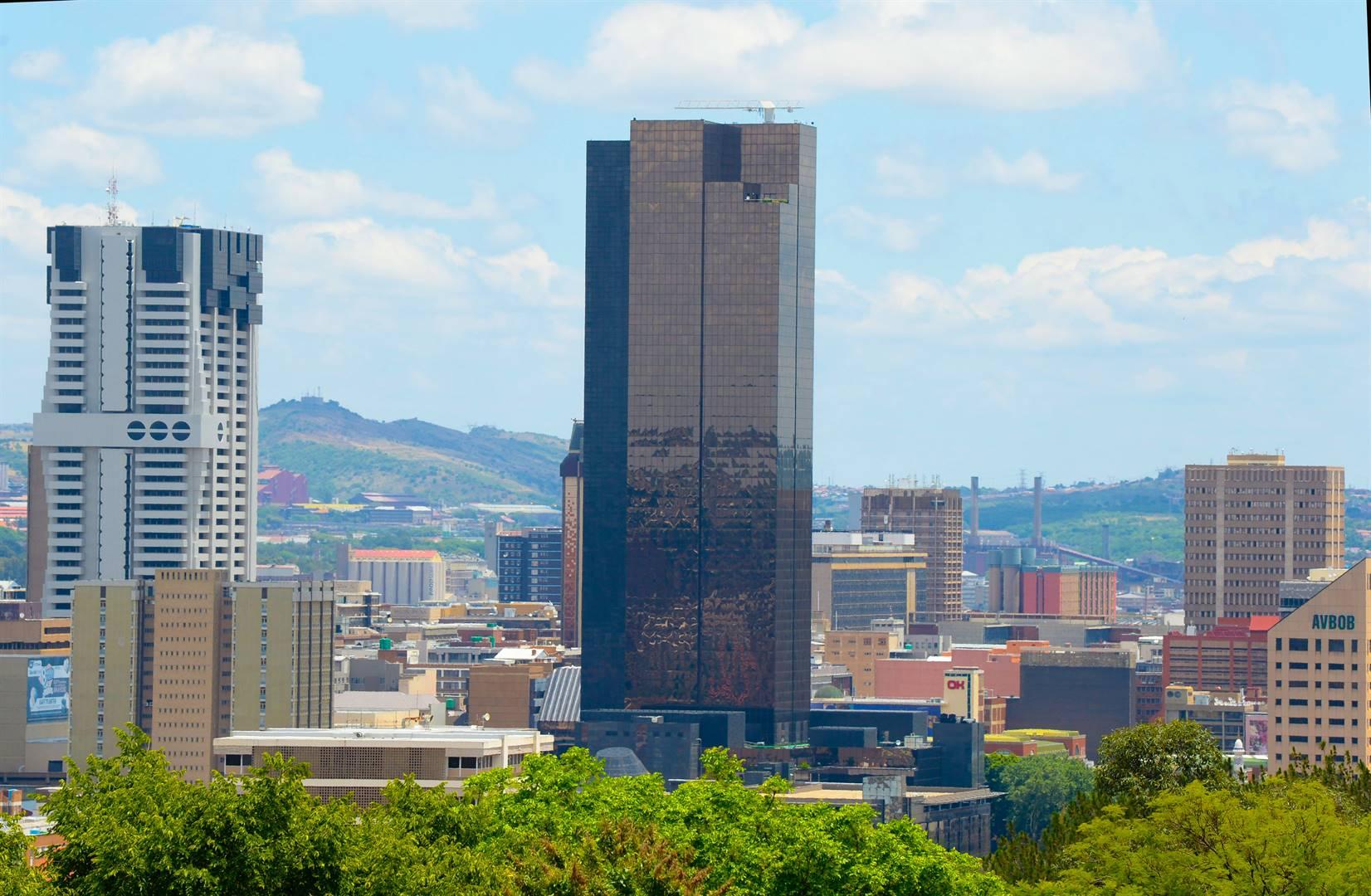 Die Reserwebank in Pretoria. Daar sal met die vele stygings in die inflasiekoers vanjaar al hoe meer druk op dié bank wees om rentekoerse weer te begin opstoot. Foto: Gallo Images