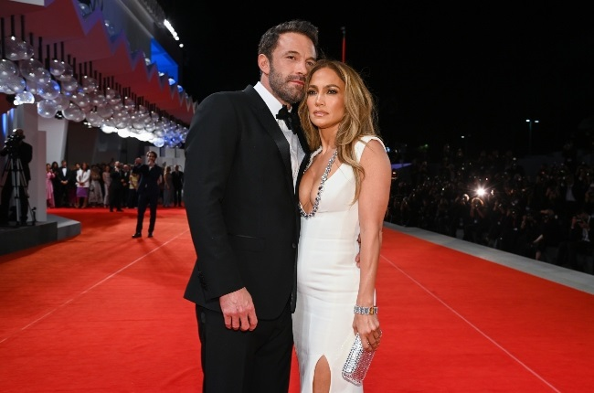 Ben Affleck and Jennifer Lopez mesmerised everyone during their red-carpet appearance at the Venice Film Festival. (PHOTO: Gallo Images / Getty Images)