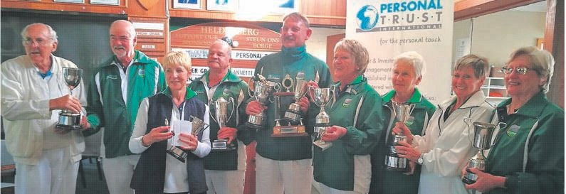 Helderberg Bowling Club hosted a prize-giving this past Saturday (2 October) to honour the winners of club competitions for the 2020-'21 bowling season. The event coincided with the official launch of the 2021-'22 season. The winners who were awarded trophies for their victories on the lawn last season (from left) are Emile le Roux, Basil Wale, Hennielene Botha, John Kearns, Stefan Koen, Jene McCourt, Cynthia McDuling, Gwen Rey and Anne Ellis. Absent when the photo was taken were Susan McKay-Vlok, Gerda Cronje and Grant Jason.Foto:
