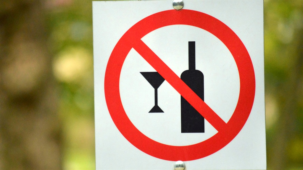 Western Cape hands out R95 000 in fines for flouting liquor regulations - in just one week - News24