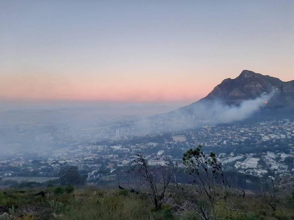 Die brand vroeër vanjaar in Kaapstad.  Foto: Jana Breytenbach