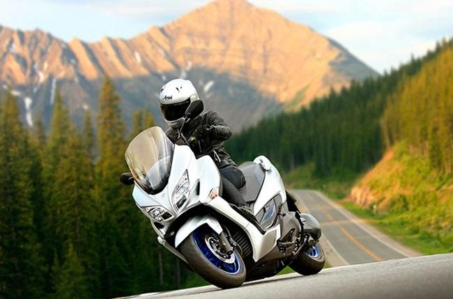 WATCH | Suzuki Burgman 400 goes on blissful adventure through Bologna countryside