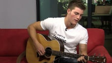 Watch this Afrikaans YouTube sensation cover 'All Of Me' by John Legend in our studio