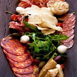how to put together a meat and cheese tray