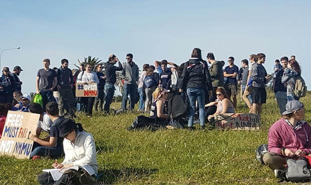 Protesting students at NMMU