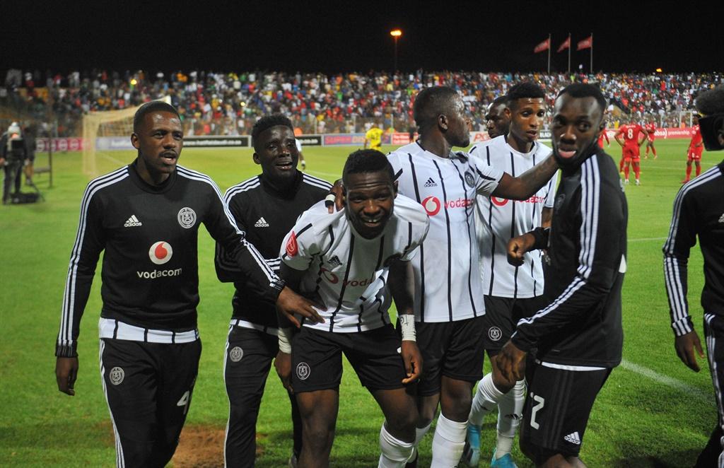 Tshegofatso Mabasa of Orlando Pirates celebrates g