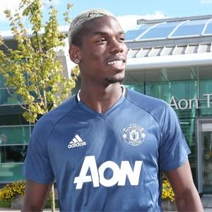 Paul Pogba (Manchester United Twitter)