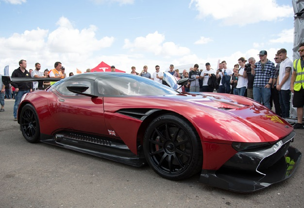 fast car festival rare aston martin vulcan wows crowds wheels24. Black Bedroom Furniture Sets. Home Design Ideas
