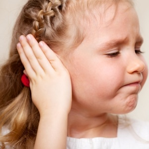 Child with signs of hearing loss
