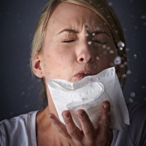 sneezing spreads germs