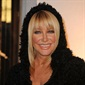 Actress and best-selling author, Suzanne Somers, was diagnosed with breast cancer in 2000 and sparked controversy when she opted for alternative treatment over chemotherapy.