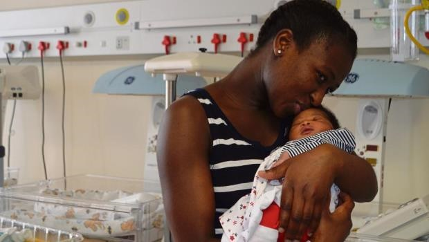 Sindisiwe Mlaba bonding with her Christmas baby, Khwesi, who was born at St Anne's Hopital.