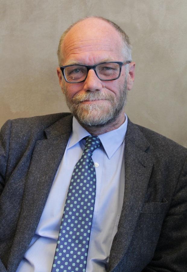 Prof André Roux