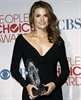 Stana Katic with the award for her show <i>Castle</i>.