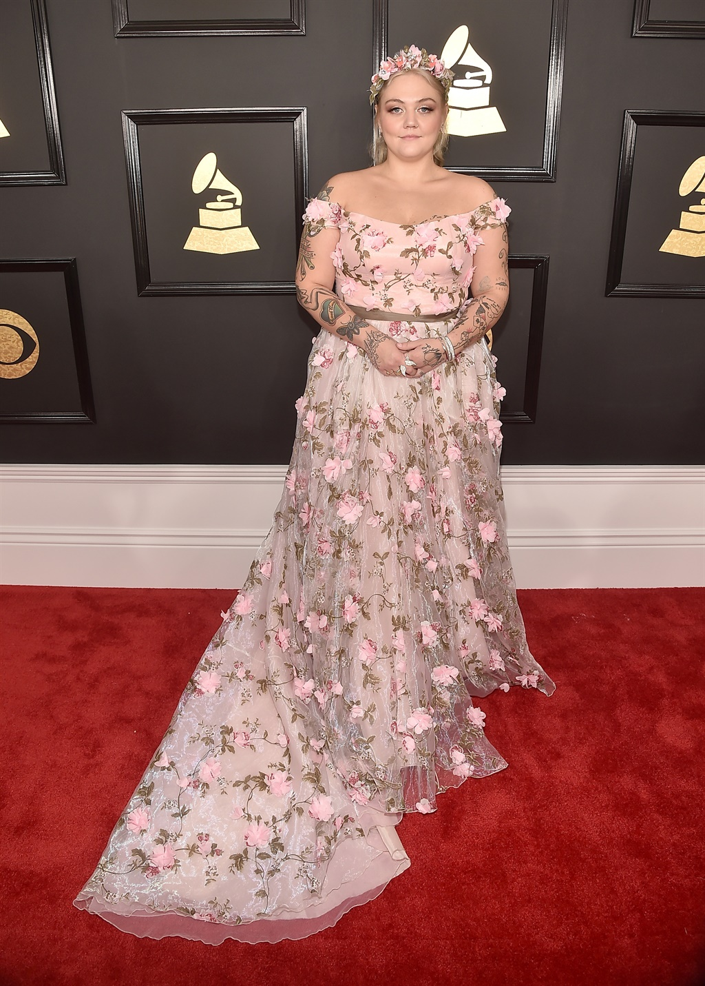 See Lady Gaga\'s outrageous 2017 Grammys red carpet outfit