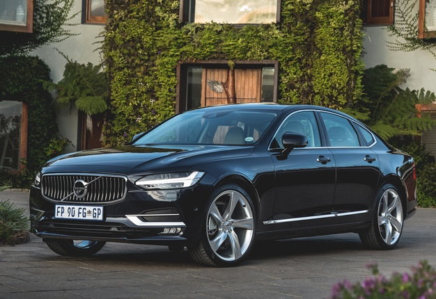 volvo  review dear germans  swedes  coming   wheels