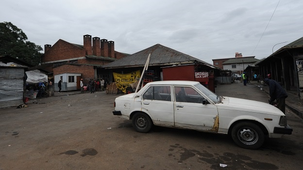 Since the closure of the Ematsheni Beer hall last week a crowd of hostile vagrants and traders took up residence in a nearby taxi rank where they go about their business while fretful business owners and commuters say they cannot operate under these conditions.