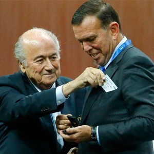 Sepp Blatter and Juan Angel Napout (Getty Images)