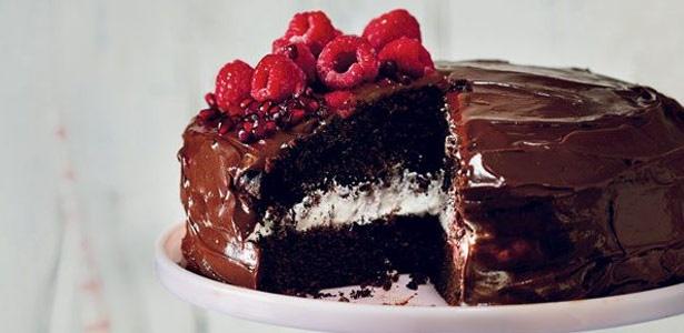 recipe,bake,sour cream,chocolate,cake