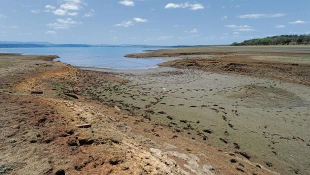 Persisting drought conditions have led to the water level at Albert Falls dam dropping to 44,51%.