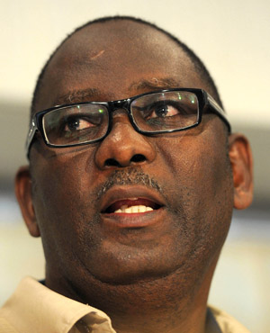 Congress of SA Trade Unions (Cosatu) general secretary Zwelinzima Vavi says Sactwu has to find a way out of a deal in which a company it owns a stake in is trying to buy US porn giant. (File, Sapa)