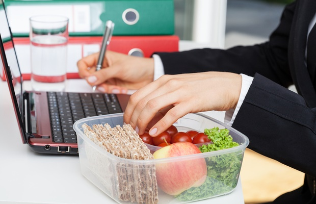 packed lunch at desk