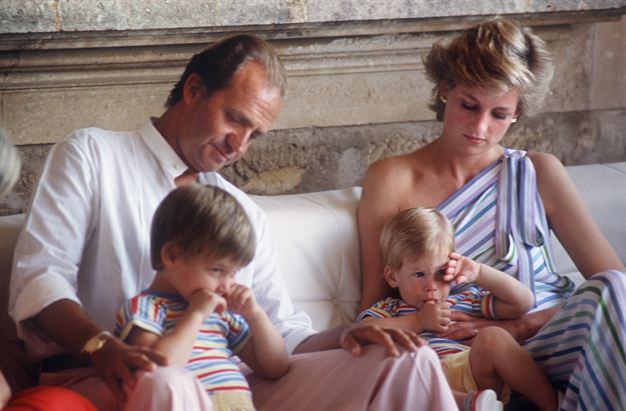 William And Kate As Babies Channel24