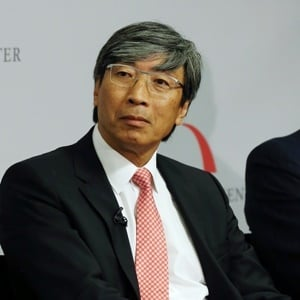 Patrick Soon-Shiong heads up moonshot 2020