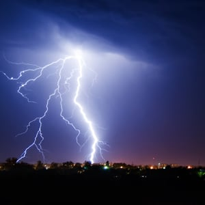 9 tips for avoiding lightning strikes