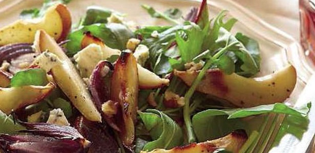 recipe, salad, pears, blue cheese,pecan nuts