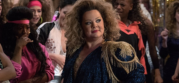 Melissa McCarthy is a scene from the movie Life of