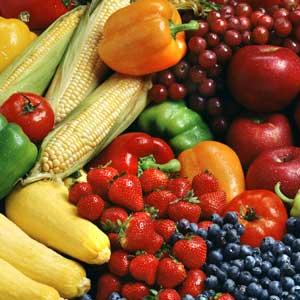 fruit,vegetables,cut fruit,mangoes,pineapples,str