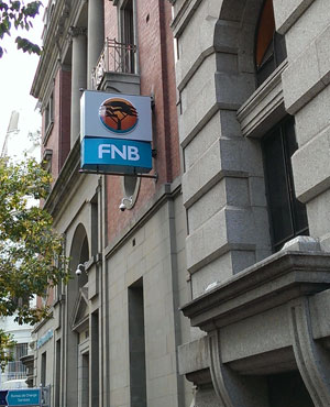 FNB has rebuilt its online banking platform to improve user functionality. (Duncan Alfreds, News24, file)