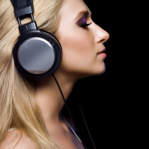 MP3 users risk hearing damage