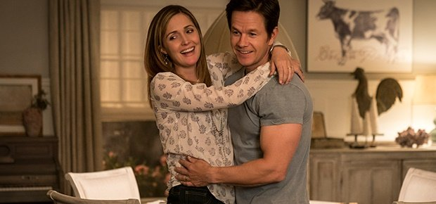 Rose Byrne and Mark Wahlberg in a scene from Instant Family. (Paramount Pictures)