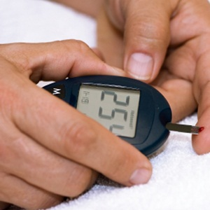 using a glucometer for diabetes