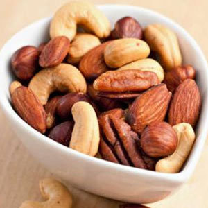 nuts,allergies,allergy,brazil nuts,almonds,peanuts