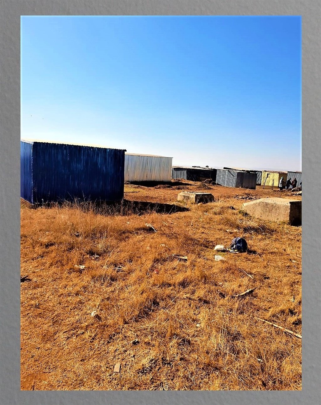 the illegal structures put up at Mandela Park in E