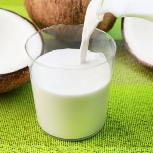 7 Coconut Products for a Ketogenic Diet