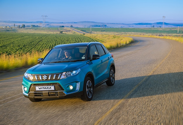 suzuki upgrades the 2019 vitara suv with new looks and loads more creature comforts wheels24. Black Bedroom Furniture Sets. Home Design Ideas
