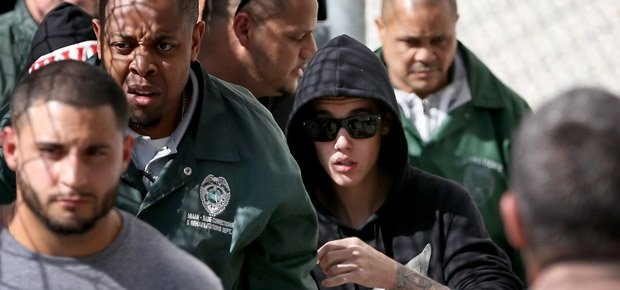 Justin Bieber exits from the Turner Guilford Knight Correctional Center. (AFP)