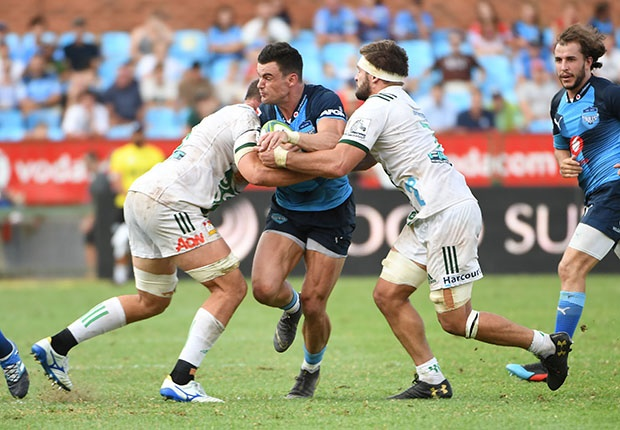 Jesse Kriel stopped in his tracks...